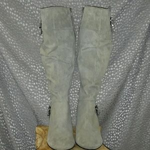 TALL GREY WHITE MOUNTAIN SUEDE BOOT  8